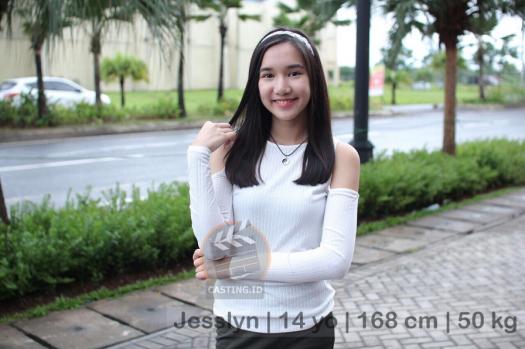 Jesslyn | 14 yo | 168 cm | 50 kg